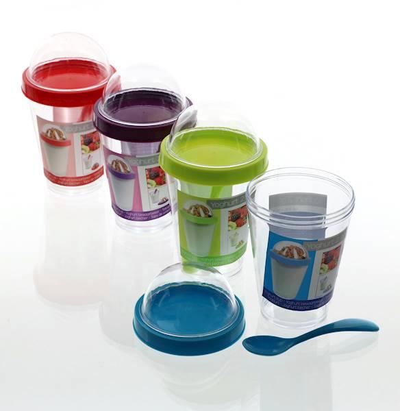 Plastikowy kubek, pojemnik z łyżeczką, na jogurtów, 5x8x15cm / Plastic container for yoghurt 8712442130925 / 24531913