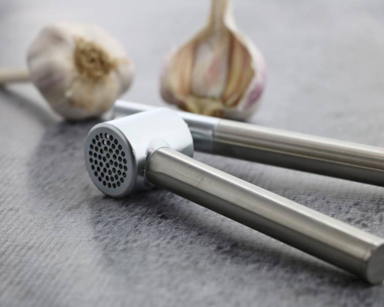 Stainless steel garlic press 22275201
