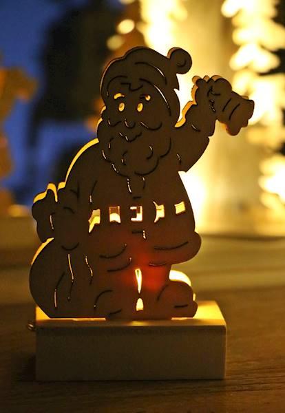 LED drewniana ozdoba, witraż choinka/bałwan/mikołaj / LED XMAS wooden deco 1 led assorted 14c 8712442035039 / 23103114