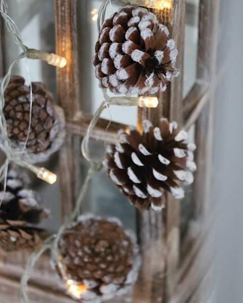 Lampki ledowe szyszki / LED Pine cone garland warm light 23120517 8712442913832