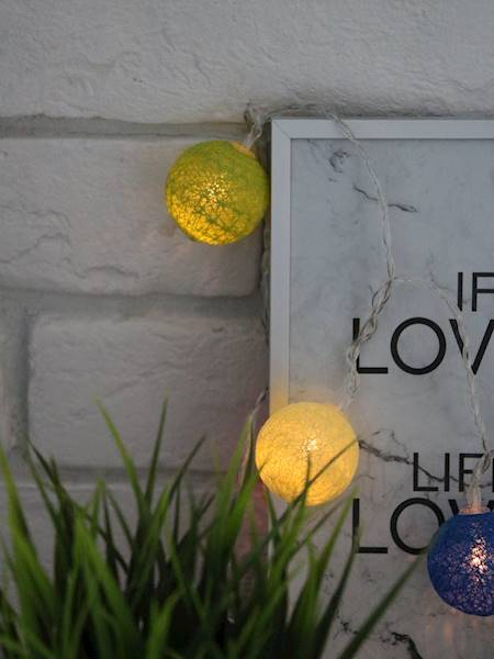LED Cottonball colour 16x3cm balls BATERY 23362540