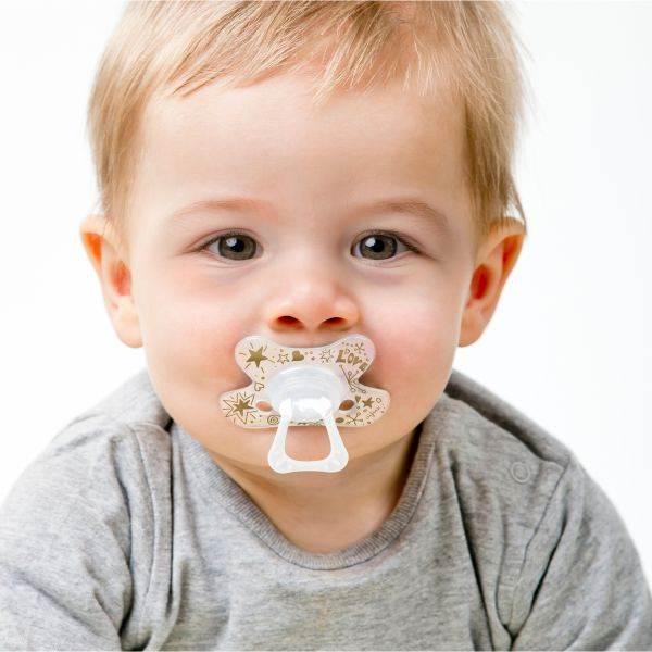 DIFRAX Smoczek uspokajający dla niemowląt; okrągły; złoty; 6 m+