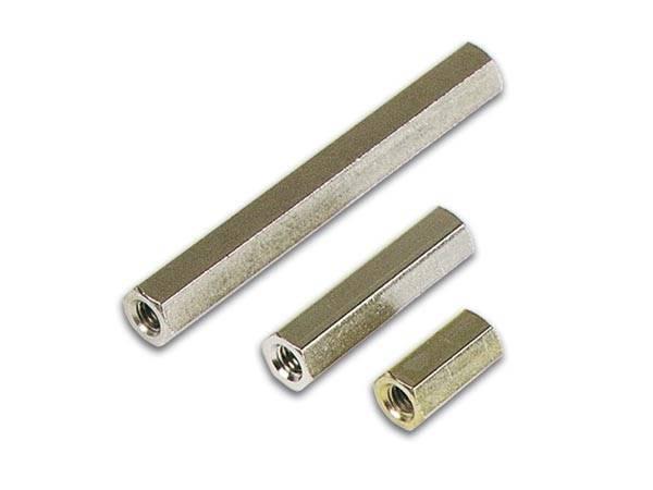 Dystans 5mm mosiężny z gwintem  M4 W/W