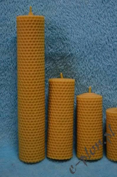 Świeca woskowa z węzy, 13 cm / S22