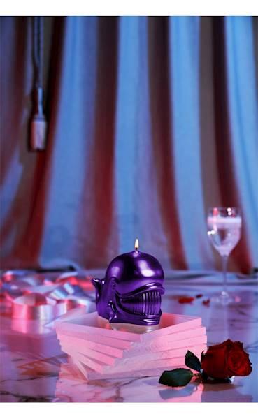 Świeca Candle Funny Whale Violet Metallic